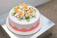 <p>Миниатюрные пирожные, восхитительные торты из мастики и легкие муссы – все это могут приготовить не только профессионалы!</p><p>&nbsp;</p><p>В нашем интернет-магазине всегда в наличии кондитерские смеси, кремы, топпинги и другие ингредиенты для незабываемого вкуса ваших десертов. А также красители, шоколад, орехи и декоративные посыпки для изысканного оформления каждого сладкого блюда.</p>